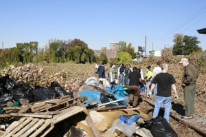 "The BeltLine clean-up of the northeast ""Decatur"" corridor in November 2008 (photo by Christopher Martin)"
