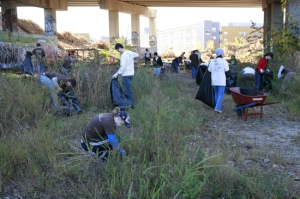 <b>BeltLine clean-up under the bridge </b><p> (photo by Christopher Martin)