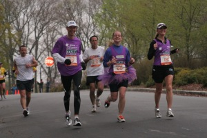 Cruger, Jenny, and Kimberly running beside the Parks on Ponce de Leon in the 2008 ING Georgia Marathon